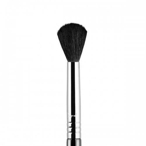 E40 Tapered Blending Eye Brush by Sigma Beauty