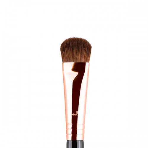 E52 Soft Focus Shader Eye Brush by Sigma Beauty