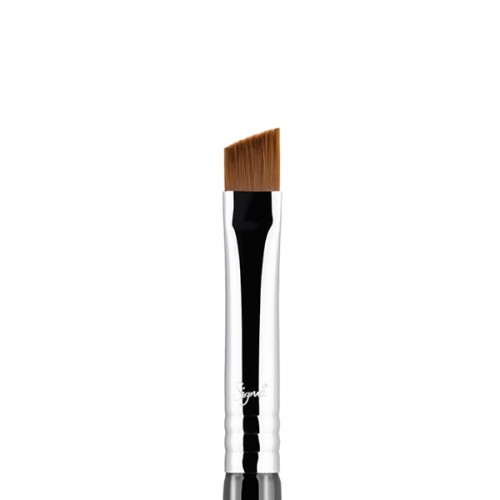 E68 Line Perfector Eye Brush by Sigma Beauty