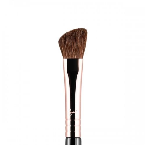 E70 Medium Angled Shading Eye Brush by Sigma Beauty