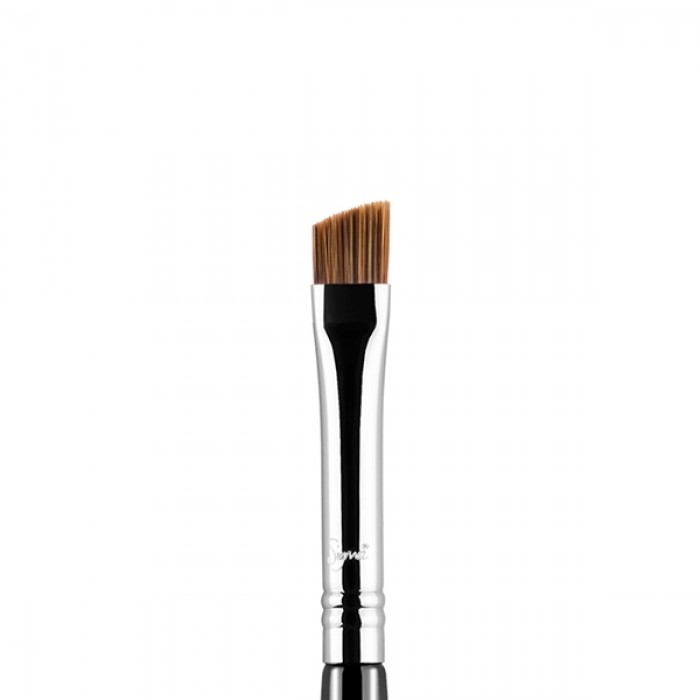 E75 Angled Brow Eye Brush by Sigma Beauty