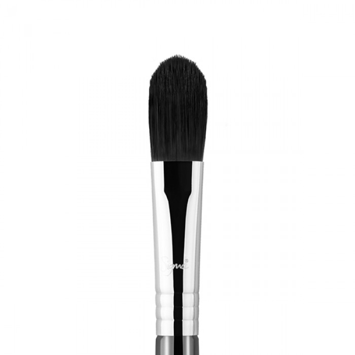 F65 Large Concealer Face Brush by Sigma Beauty