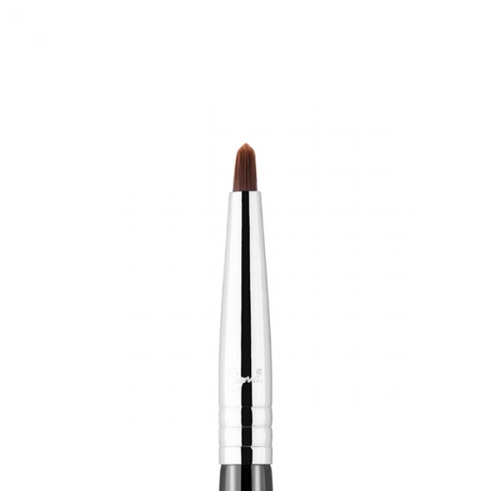 F68 Pin-Point Concealer Face Brush by Sigma Beauty