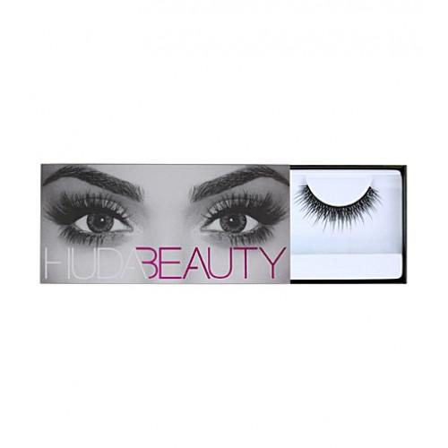 Claudia Classic Lashes #6 by Huda Beauty