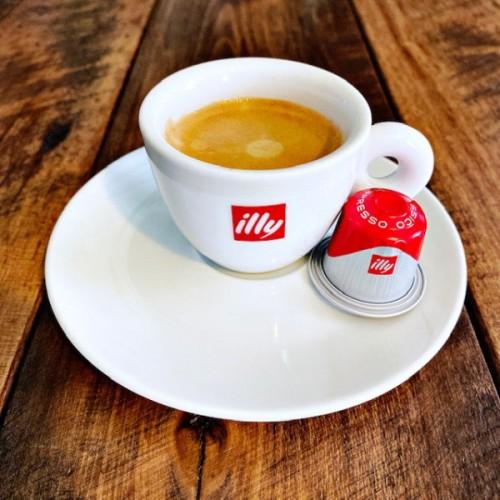 illy Ground Coffee in Capsules CLASSICO Espresso Mild & Balanced (10 ct)