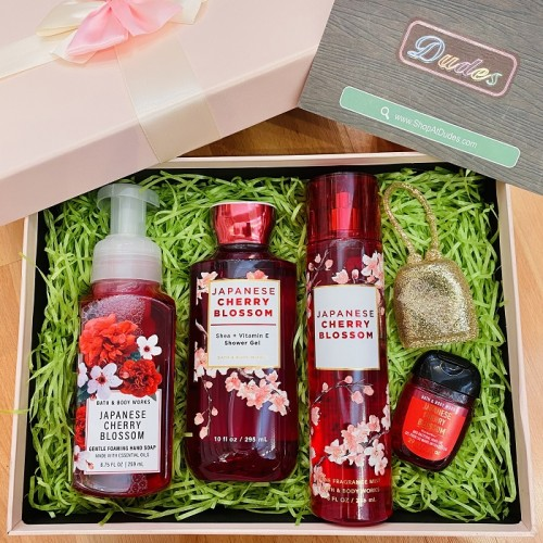 ** Mother Day's Gift Set E - Bath & Body Works Japanese Cherry Blossom Collection